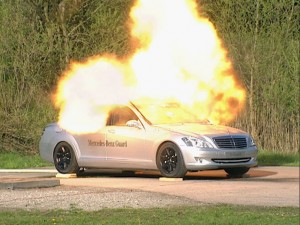 mercedes_guard_on-fire